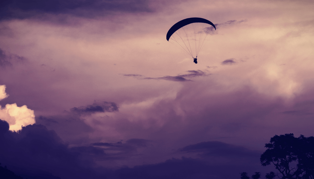 Top 12 Places for Paragliding in India to Witness Breathtaking View from the Sky
