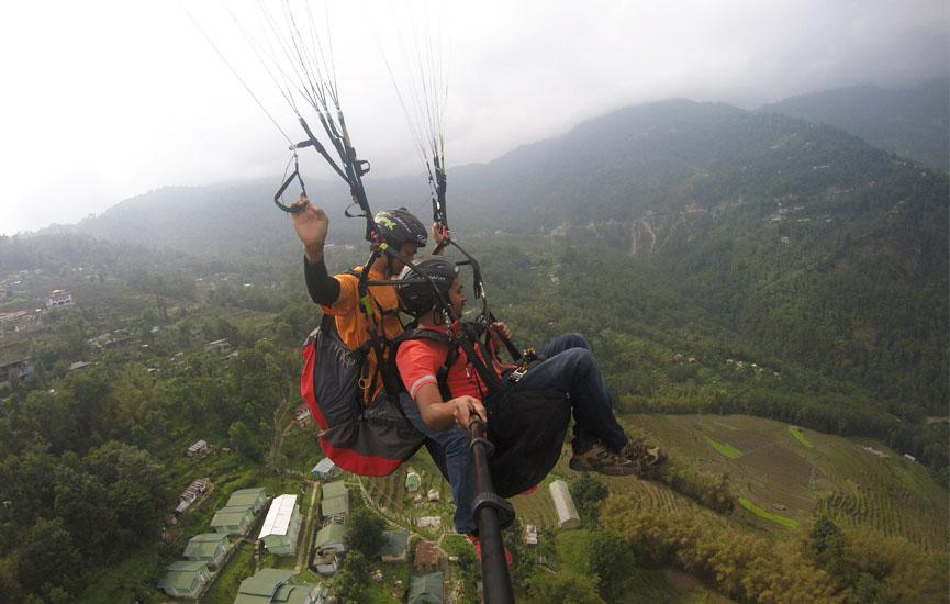 sikkim paragliding