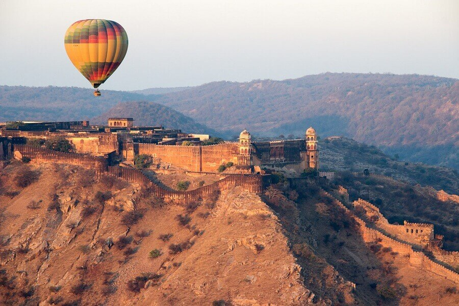 Top 10 Places For Most Beautiful Hot Air Balloon Ride In India