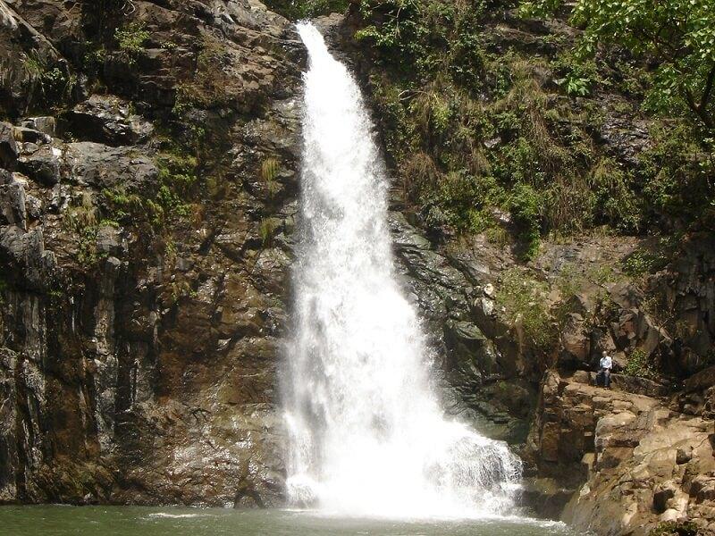 Ninai Waterfalls Gujarat